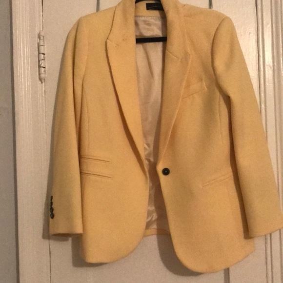 Zara Jackets & Blazers - Zara blazer!